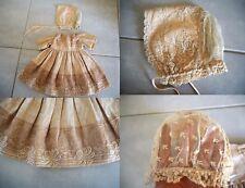 BELLE Ancienne robe en moire et dentelle + bonnet pour poupée JUMEAU ou autre