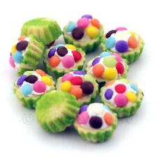 4x Miniatur Smartie gekrönt Cupcakes mit einem grün Papierbecher
