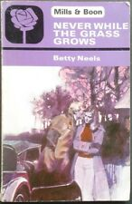 Vintage Harlequin Romance, Mills & Boon, Never While The Grass Grows Betty Neels