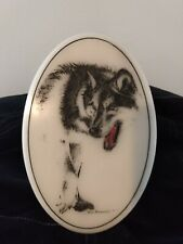 Don Northcutt Signed Oval Marble Wolf Etching With Fold Out Easel