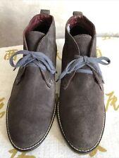White Staff Suede Desert Boots Size 38/5.5