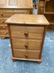 Solid Natural Pine Bedside Unit Chest of 3 Drawers Table Cabinet