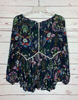 Entro Boutique Womens S Small Navy Floral Lace Cute Bell Sleeve Top Blouse Shirt