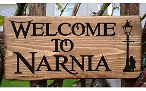 Lion Witch and the Wardrobe Chronicles of Narnia Plate Plaque Signs welcome to