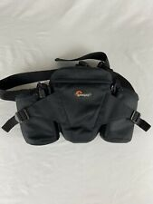 Lowepro Off Trail 1 Black Camera Bag Fanny Pack in Excellent Condition.