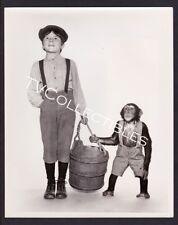 8x10 Press Photo~ Disney's TOBY TYLER ~1960 ~Kevin Corcoran ~w monkey chimp ~CS