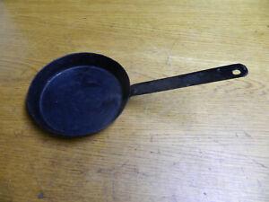 alte  Eisenpfanne Bratpfanne schmiedeeisern handgeschmiedet gebraucht