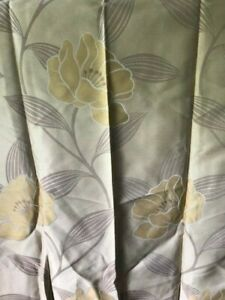 Pretty  M & S  THEMA Pattern  Curtains  with eyelets NEW