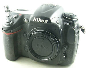 Nikon D300 DSLR w/Body Cap