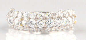 D/VVS 2.25 Carat Round Shape Solitaire Engagement Band In Finest 14KT White Gold