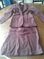 Vintage Jones New York Size 6 Skirt Suit Purple Pinstripe (cb25)