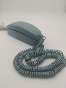 Vintage AT&T Trimline 210 Touch Tone Push Button Wall/Desk Corded Phone BLUE