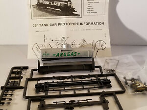 HO Walthers 36' Arogas tank car #400, built 1920, new in box