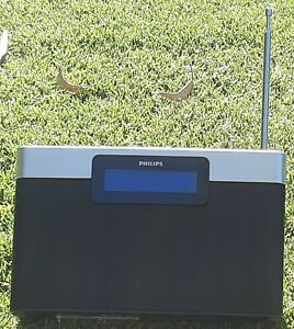 Philips Digital Portable DAB radio AM FM