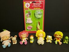 """Vintage 4"""" Strawberry Shortcake lot of 4 sets of dolls w/pet, comb, & 2 outfits"""