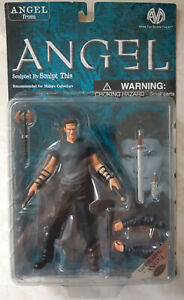 Buffy AtS Vampire Angel Figure Sculpt This Moore Action Figure Previews Exc 2001