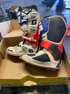 Gaerne Motorcycle Boots Sg-12 white - blue - red size 9-10