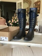 Ugg boots Madelynn Boot Rain Size 8 (run big) Brown Navy  Lace Up  pair
