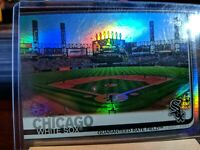 2019 Topps Series 2 Chicago White Sox Guaranteed Rate Field Rainbow Foil #527