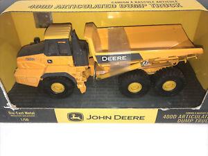 2009 ERTL John Deere 400D Articulated Dump Truck 1/50 NIB
