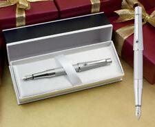 Cross Beverly Stylo plume - chrome satiné avec coffret cadeau
