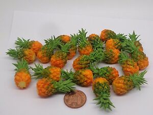 1:12 Scale 1 X Pineapple Dolls House Miniature Fruit Kitchen Garden Accessory