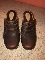 "Clarks Artisan 7M Brown Leather Backless Clogs Braided Accent 2.5"" Block Heel"