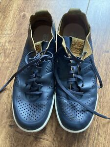 Mens Navy Blue New Balance Trainers / Shoes Size 9