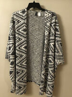 Divided By H&M Size Small Black And White Southwest Aztec Design Open Cardigan