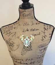 Urban Trend Mint Green Feather Leaf Cluster Teardrop Gold Bib Necklace Earrings
