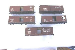 Lot of 5 Boxcar Bodies in need - O Scale