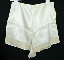 "Beige Tap Pants Bloomers Shorts Lace Lingerie Vintage Nos Rayon 27"" Waist"