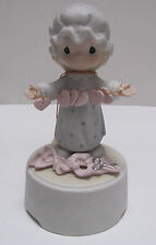 Precious Moments Girl Figurine with Stri 00004000 ng of Hearts Windup Music Box Euc!