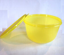 TUPPERWARE TW BOL 2 LITRES JAUNE / ANIS POP S ET SON COUVERCLE NEUF collector