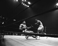 1971 Boxing MUHAMMAD ALI vs JOE FRAZIER Glossy 8x10 Photo Title Fight I Print