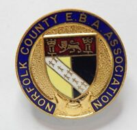 Warwickshire County Bowling association Enamel Badge English Bowling Association