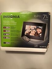 """Insignia Digital Picture Frame 7"""" 16:9 Format with Remote Control Photo Viewer"""
