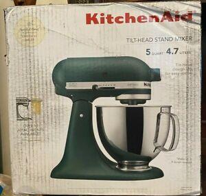 KitchenAid Artisan 10-Speed Stand Mixer 5 Qt Hearth & Hand Magnolia Pebbled Palm