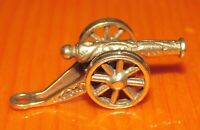 9ct Gold Charm - Vintage 9ct Yellow Gold Cannon Charm (3.4g)