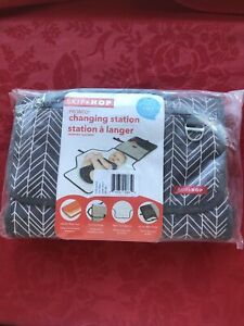 *NEW* Skip Hop Pronto Changing Station 2 in 1 Changing Pad-Grey Feather