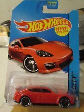 Hot Wheels Porsche Panamera HW City Red