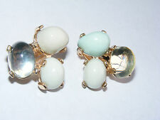 Vintage Gold Tone Oval Lucite Cabochon Clip on Earrings A11