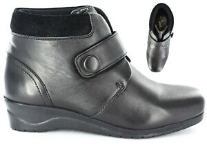 Ladies/Womens Leather Upper Touch fastening Ankle boot Size Uk 3-8