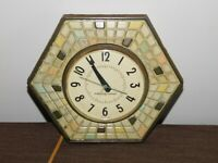 """VINTAGE KITCHEN 8"""" ACROSS GE GENERAL ELECTRIC HEXAGON ELECTRIC  WALL CLOCK"""
