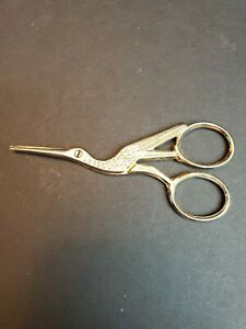 Vintage Sewing EMBROIDERY Scissors Stork Pelician MARKED ITALY SILVER TONE