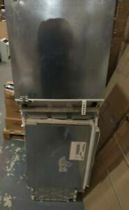 Integrated Fridge & Freezer Bosch Serie 6 KUR15A50GB (01)
