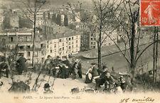 Carte PARIS Montmartre Le Square Saint Pierre Animé