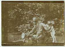 PHOTO ANCIENNE - MOTO ENFANT - MOTORCYCLE CHILD FUNNY - Vintage Snapshot