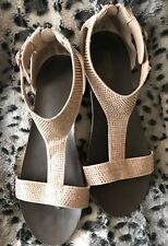 RETIRED KENNETH COLE LEXI T STRAP SUEDE WEDGE SANDAL Women Size 7 Youth 5 Blush