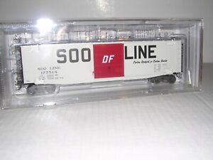 "KADEE #6119  Soo Line ""White"" 50' PS-1 Box Car #177518 H.O.Scale 1/87"